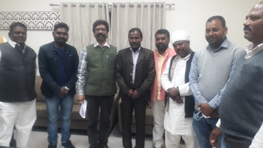 Tribal leaders with chief minister Hemant Soren at his Ranchi residence on Wednesday.