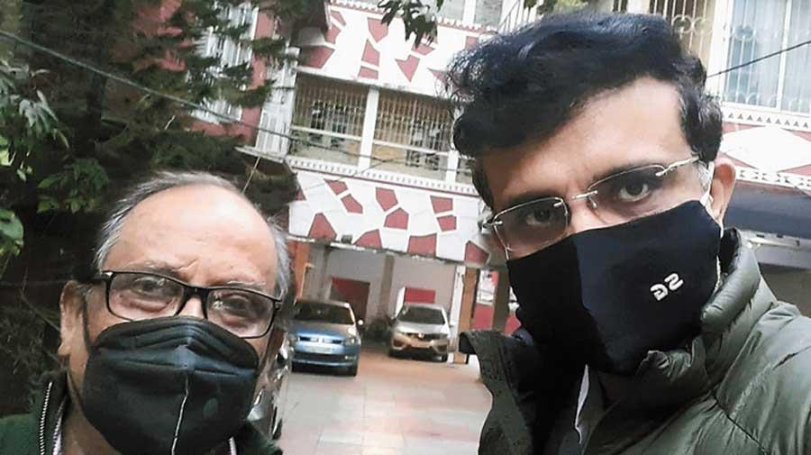 The dualfie of Asok Bhattacharya and Sourav Ganguly.