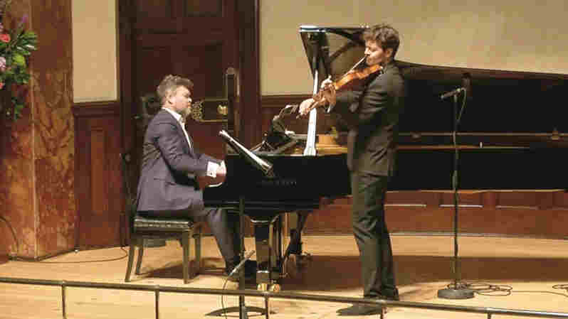 Live-streamed performance by Ryan Wigglesworth and Lawrence Power at the Wigmore Hall, London