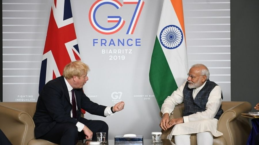 Boris Johnson and Narendra Modi at the 2019 G7 summit in France.