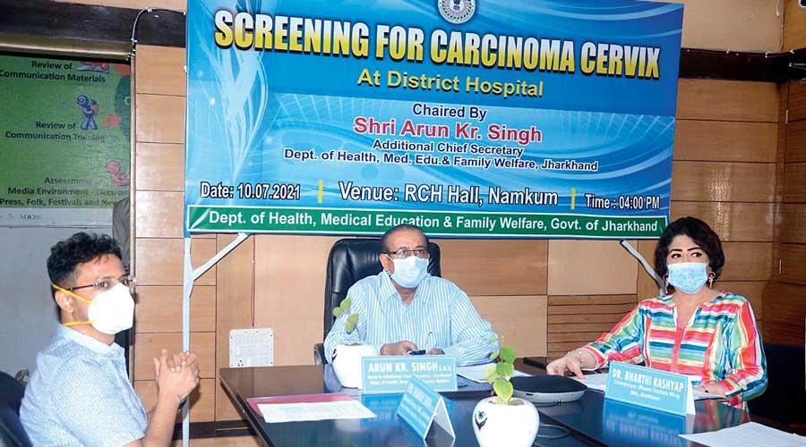 Jharkhand additional chief secretary (health) Arun Kumar Singh (centre) addresses civil surgeons during the online orientation programme on Saturday.
