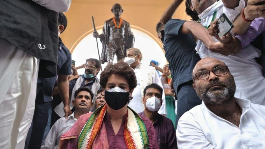 UP: FIR against Congress chief