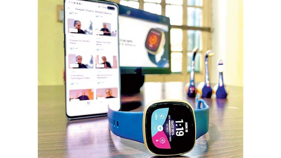 Fitbit Versa 3 keeps users focussed on fitness rather than throwing a zillion unnecessary options at them.