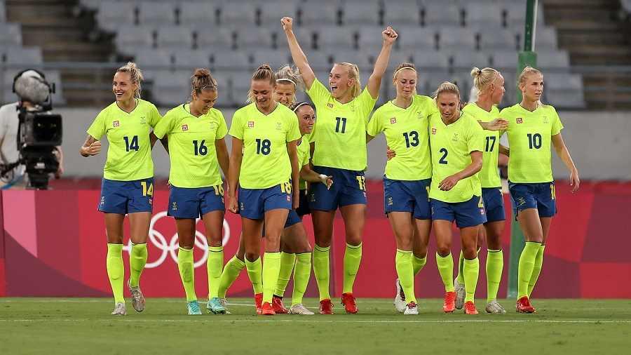 The Sweden football team.
