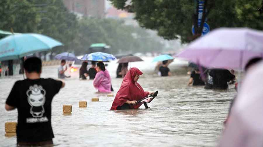 A day after the worst floods, officials raced to evacuate patients as hospitals were flooded by rainstorms, state-run Xinhua news agency reported on Thursday.