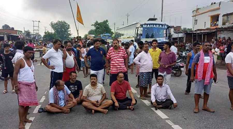 The blockade at Bokaro-Ranchi National Highway