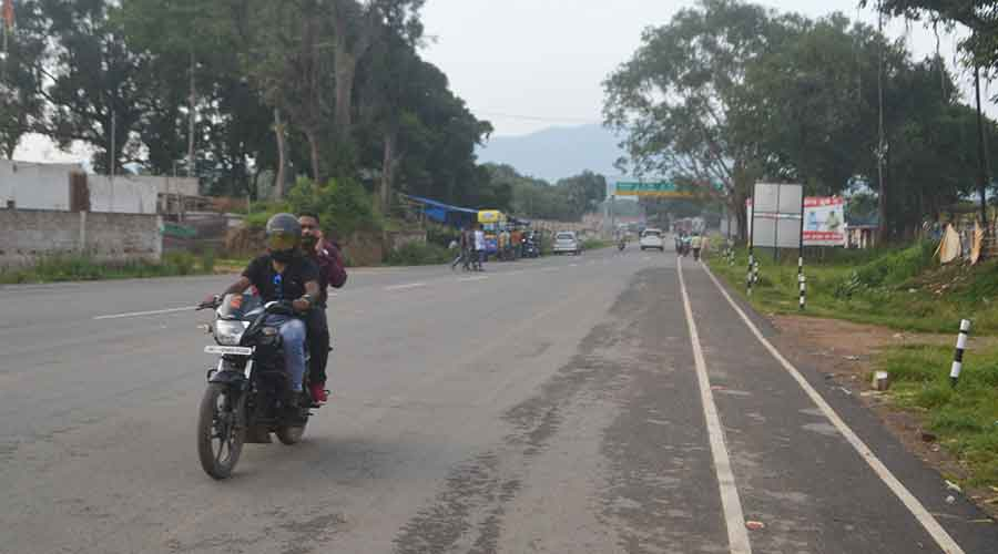 Dobo-Kanderbera road in Seraikela-Kharsawan district.