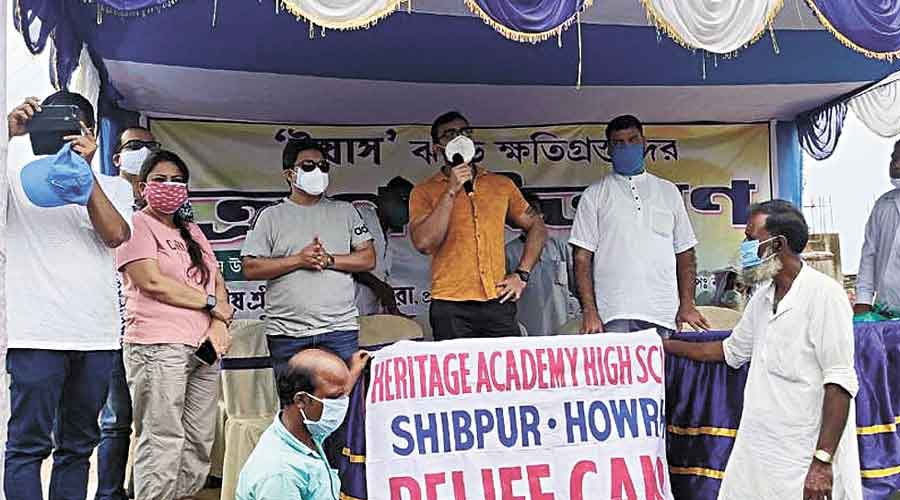 Heritage Academy High School organises a relief camp at a cyclone-hit village in Kakdwip.