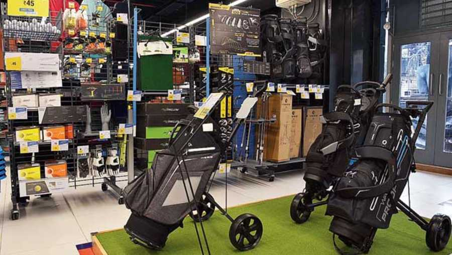 Want to add oomph to your golf game? Take home a golf trolley and a golf bag at Rs 2,799 and Rs 6,999, respectively.