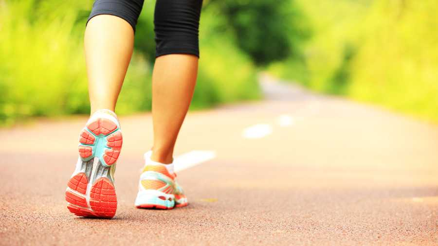 Try to run or jog 4km a day