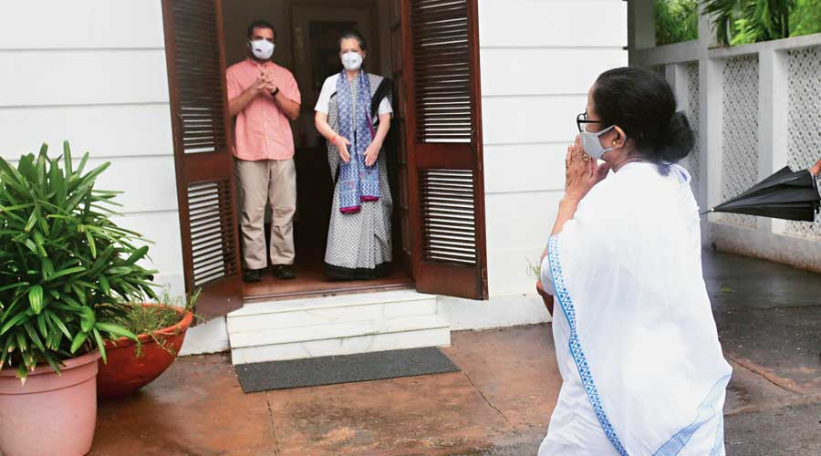 Mamata: Want to see 'sachche din'