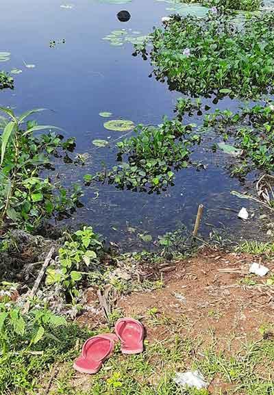 Slippers of Nikhil Kumar on the banks of Hazaribagh lake on Wednesday.