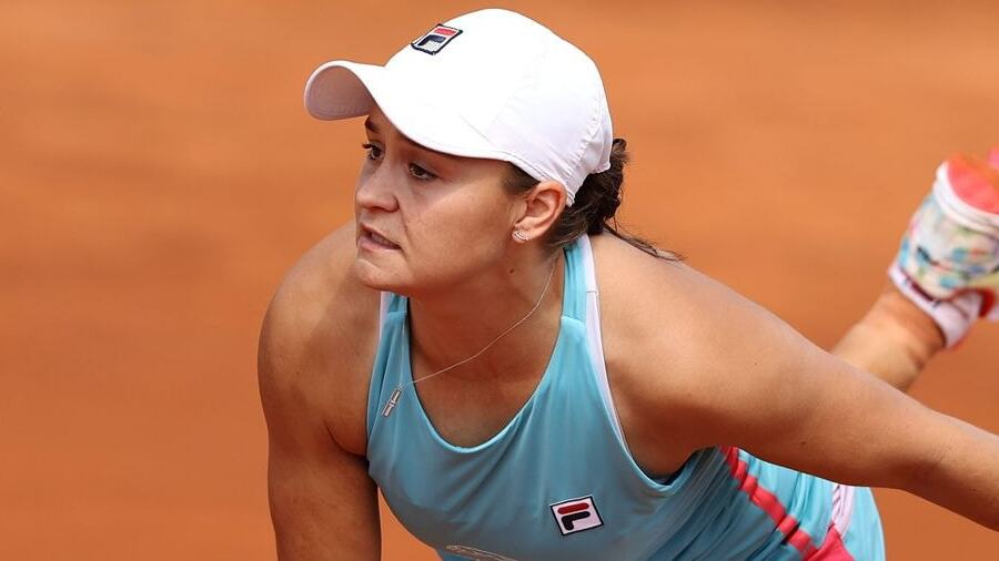 Ashleigh Barty took medical help after the first round.