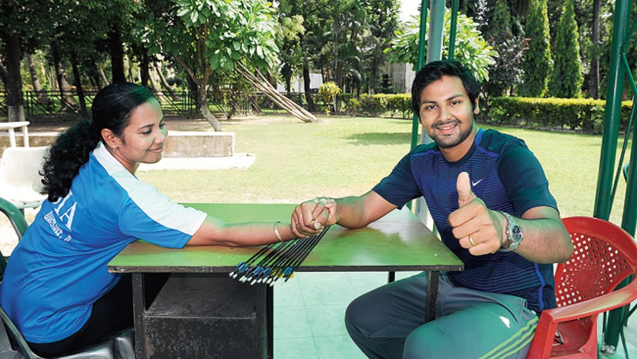 Dola and Rahul Banerjee in a throwback photo from a t2 chat at SAI, days after Rahul's name was announced for the Arjuna Award in 2011