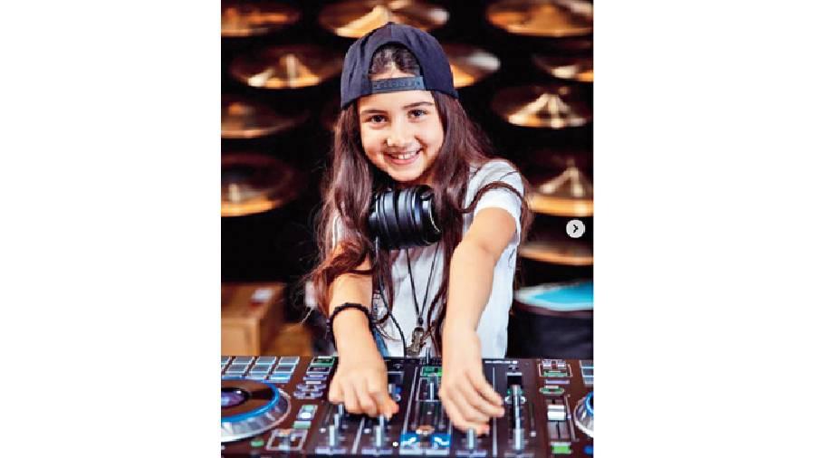 DJ Michelle from Dubai