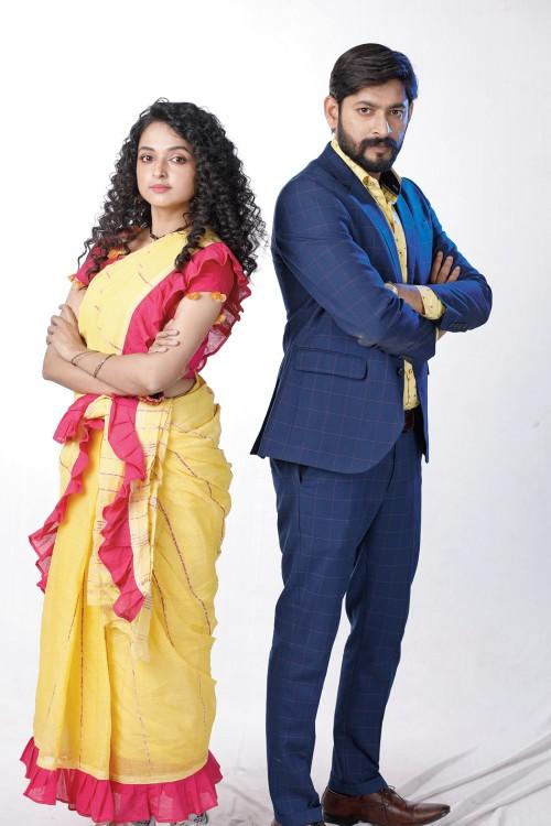 Annmary Tom and Honey Bafna in Gramer Rani Binapani on Star Jalsha