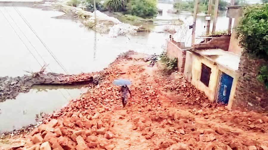 A stretch of embankment along the Vidyadhari river after the damage on Wednesday at Minakhan in North 24-Parganas .