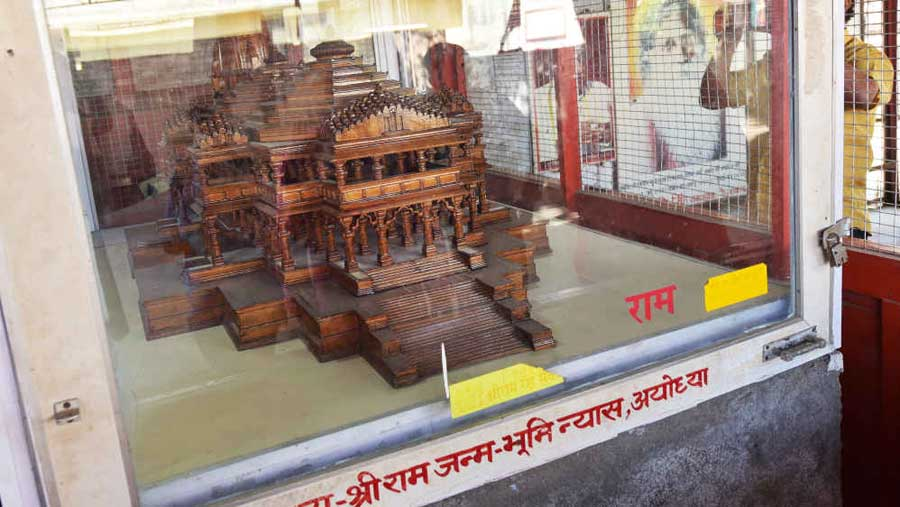 Model of the proposed Ram temple inside a glass cage at Ram Janmabhumi Nyas workshop.