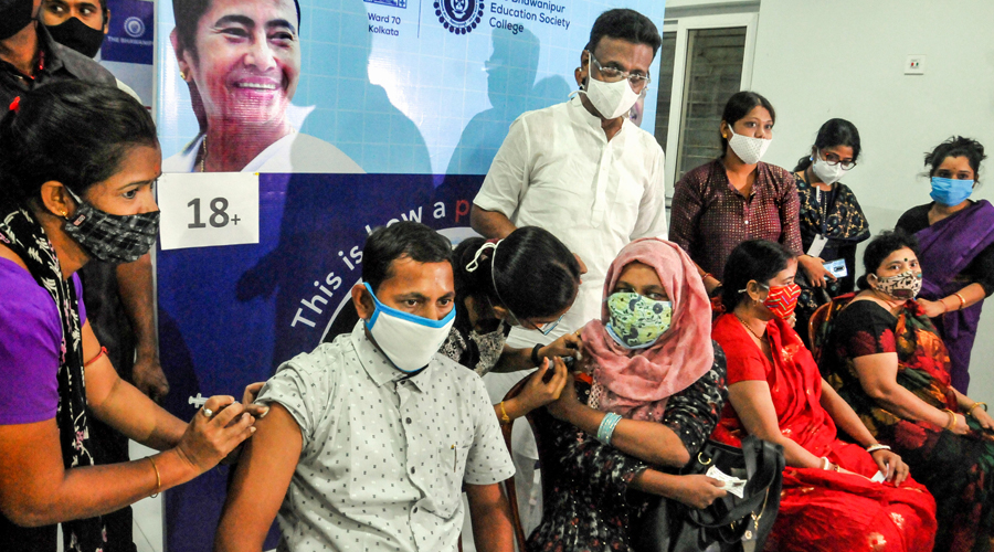 The civic body had targeted to vaccinate 50,000 people daily from its centres, a feat it had achieved earlier.