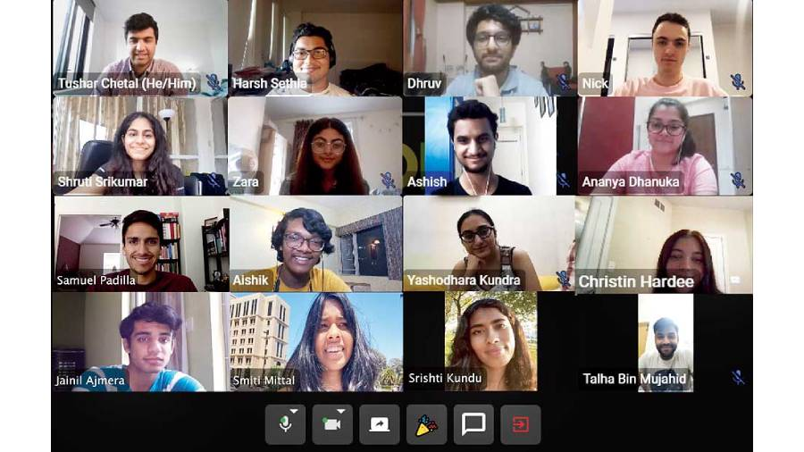 A virtual meeting of the Brooks Brainery core team underway
