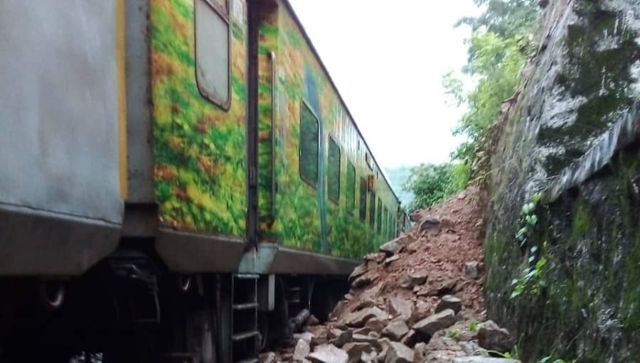 Boulders lying on the track besides the New Delhi Ranchi Rajdhani special Express Baskatwa Hut Nathganj section of Dhanbad division around 140 kms from Dhanbad .
