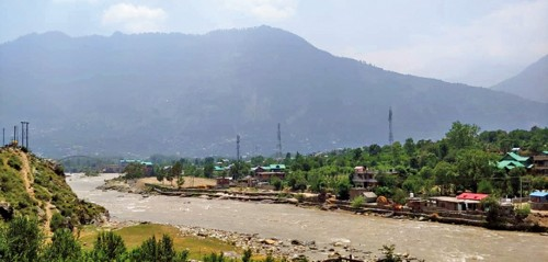 The River Beas in all its splendour
