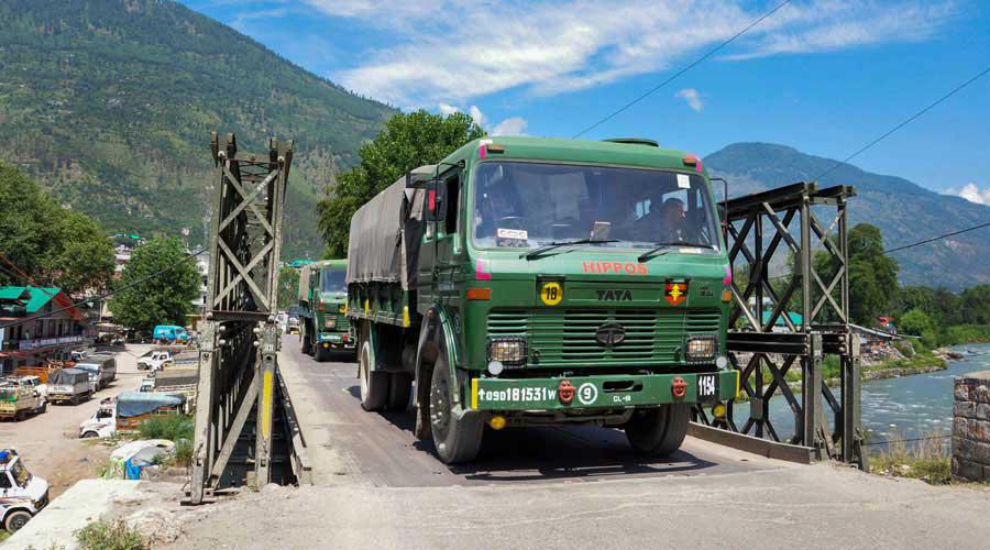 Fortify Pak, China borders: Sentinels