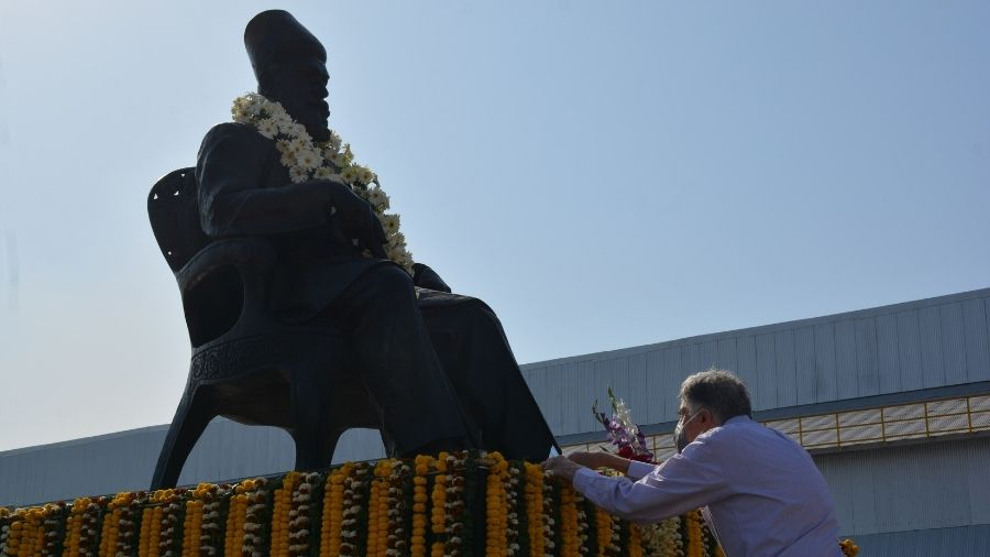 Ratan Tata, chairman emeritus of Tata Sons, pays floral tributes to JN Tata during  Founder's Day celebration at Tata Steel works in Jamshedpur on Wednesday.