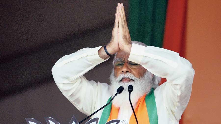 Prime Minister Narendra Modi at the Brigade Parade Grounds in Calcutta on Sunday.
