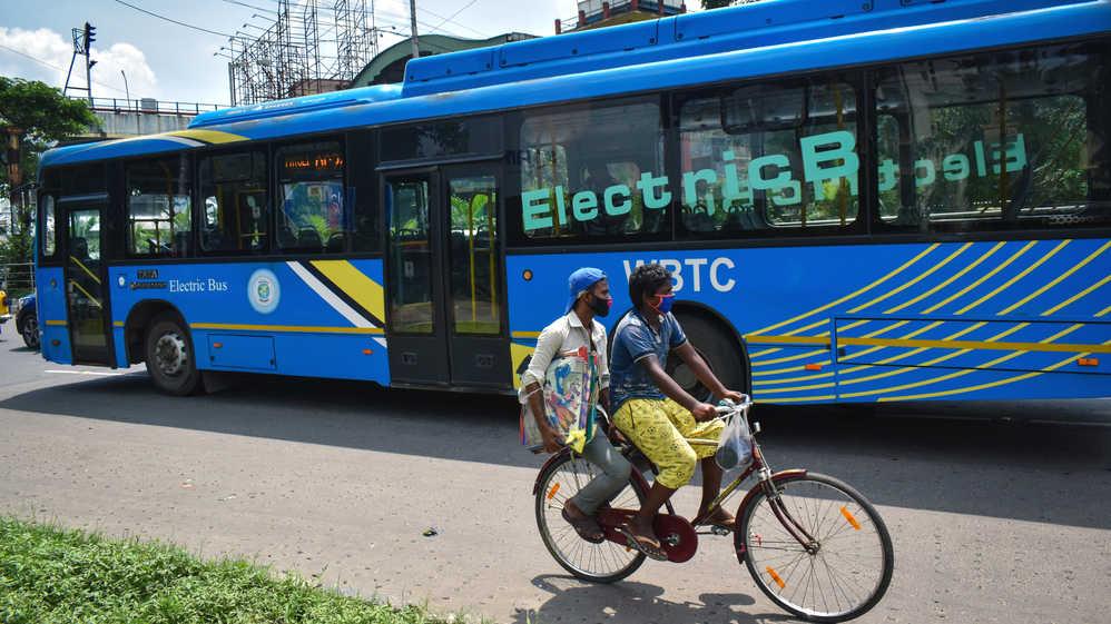 An Electric bus seen on a Kolkata street.
