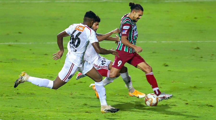 David Joel Williams of ATKMB takes a kick to score a goal during Semi Final 2, 2nd Leg of the 7th season of the Hero Indian Super League between ATK Mohun Bagan and NorthEast United FC, held at the Fatorda Stadium in Goa on Tuesday.