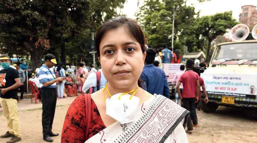 Arpita Banerjee Economics teacher  in a college