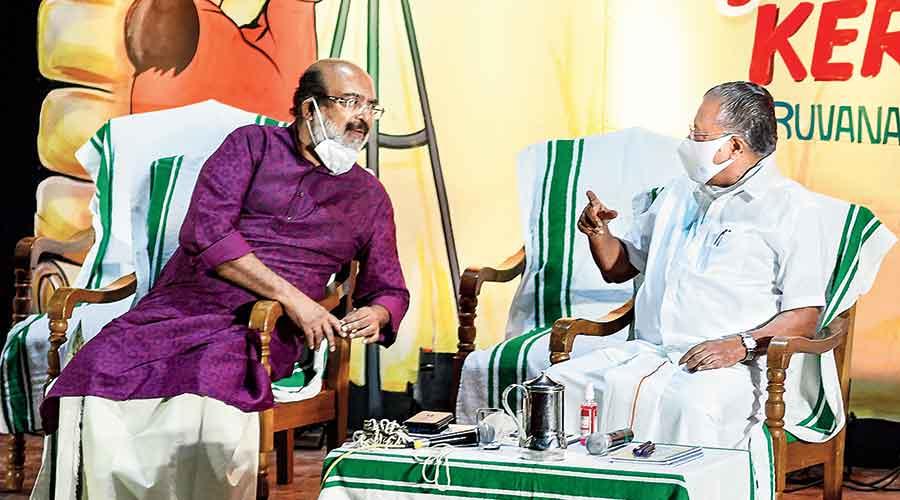 Pinarayi Vijayan and Thomas Isaac (left) during a seminar in Thiruvananthapuram on February 28.