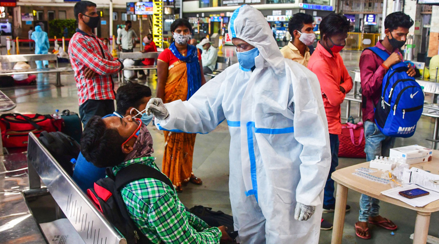 According to the ICMR, 25,78,06,986 samples have been tested up to April 11 with 11,80,136 samples being tested on Sunday.