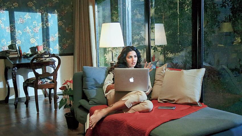 Amala Paul in the film Meera, which is part of the Netflix Telugu anthology Pitta Kathalu