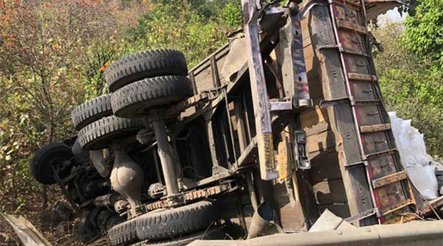 The overturned truck in Hazaribagh on Friday.
