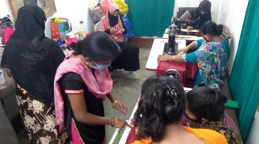 Some of the women at the embroidery training session.