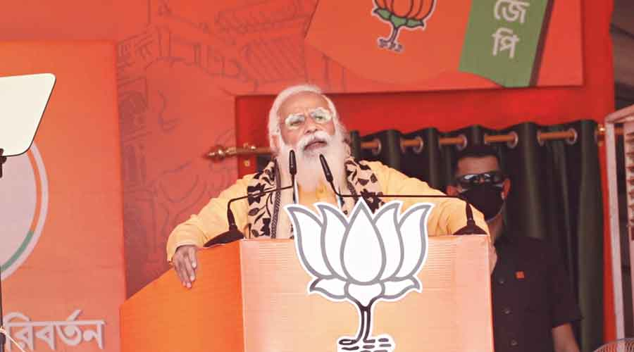 Modi at an election rally in Asansol recently