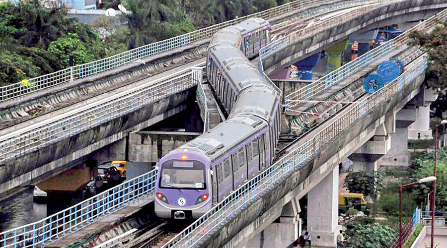 EAST-WEST DATE: An East-West Metro rake. The target for the completion of the East-West Metro corridor —  16.6km between Sector V and Howrah Maidan via under the Hooghly — is June 2022, officials said this week. A 7km-stretch  — between Sector V and Phoolbagan — has been operational since October last year. A 2.3km-section, between Phoolbagan and Sealdah, will be operational by December