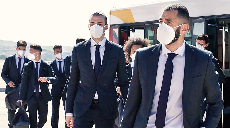Real Marid players on their way to London for the Champions League semi-final second leg match.