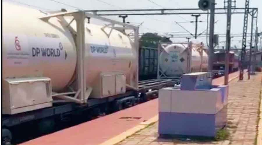 Oxygen Express train carrying Liquid Medical Oxygen in 20 feet containers to Okhla from Tatanagar railway station.