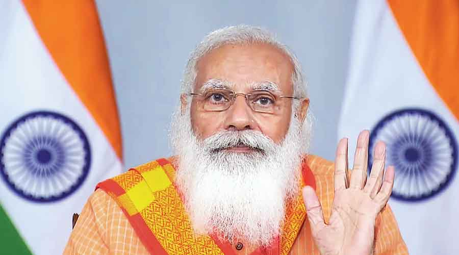 Modi silent on snoop scandal in party meet
