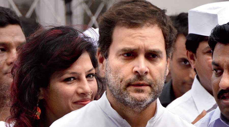 Oxygen: Rahul hits out at Centre