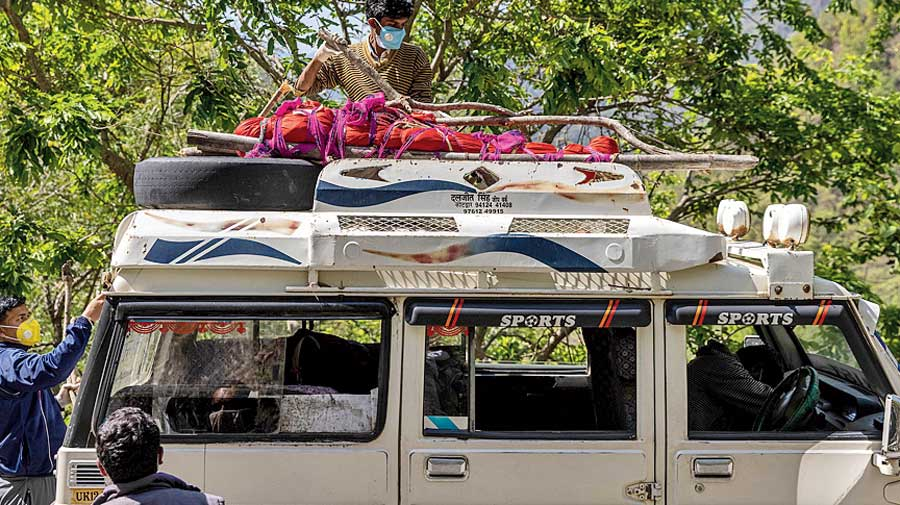 Pramila feels unwell again. She dies on May 23.  Her body is loaded atop an SUV on May 24.
