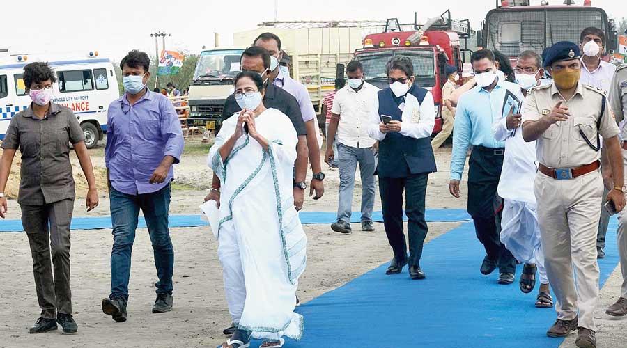 Yaas: Didi skips Modi's review meet