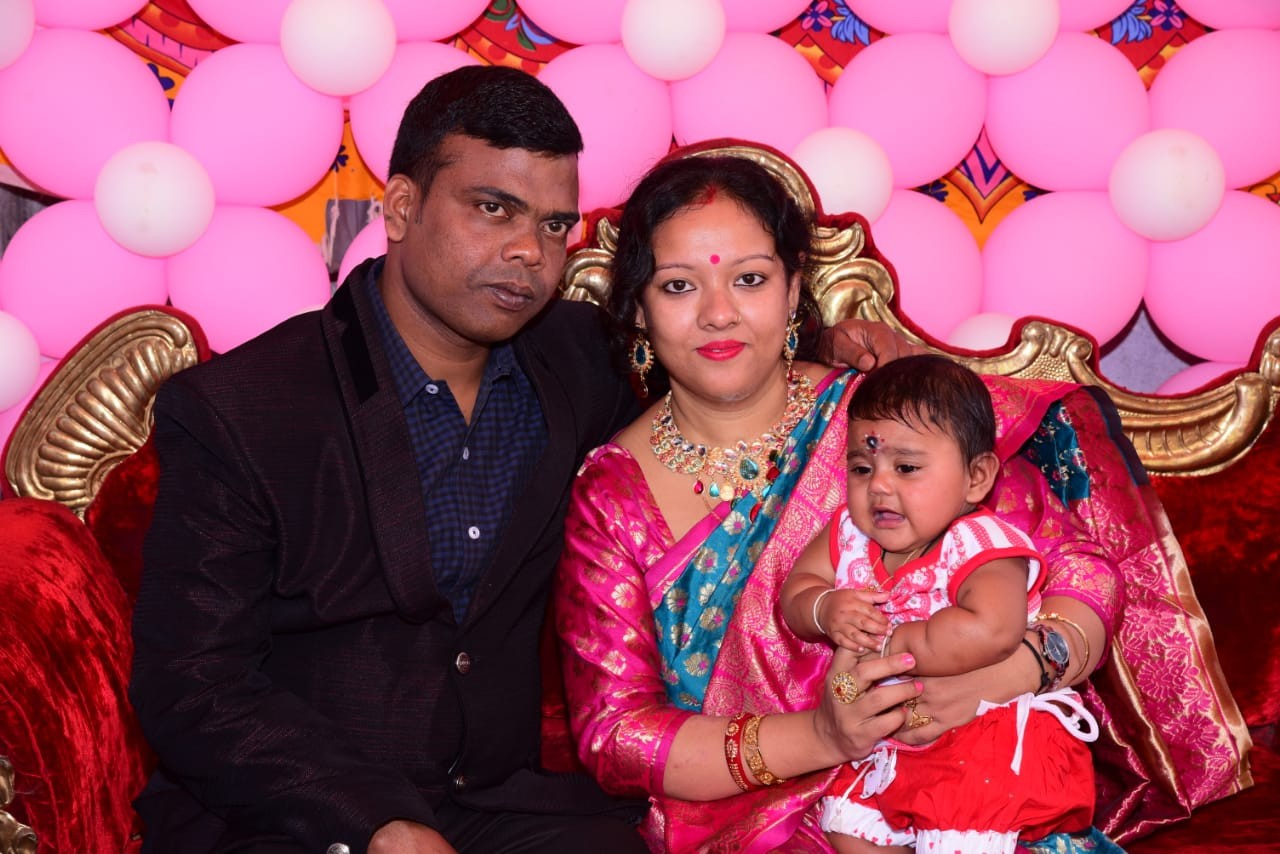 Sukdev Biswas with his wife Swarnali and daughter
