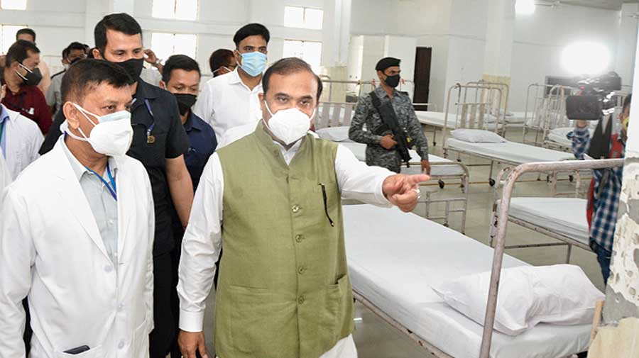 Assam chief minister Himanta Biswa Sarma inspects the stock of ICU beds, oxygen availability and other medical infrastructure at Tezpur Medical College & Hospital on May 18, 2021.