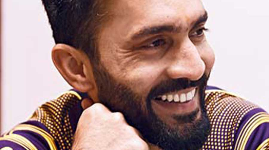 A cricketer who is a stylebhai: DK (Dinesh Karthik)
