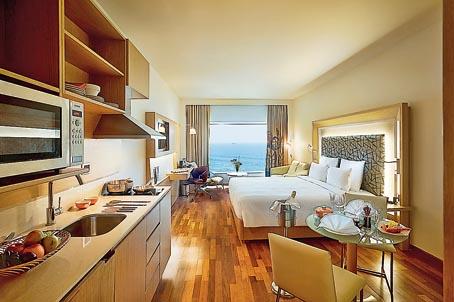 A deluxe room that overlooks the ocean