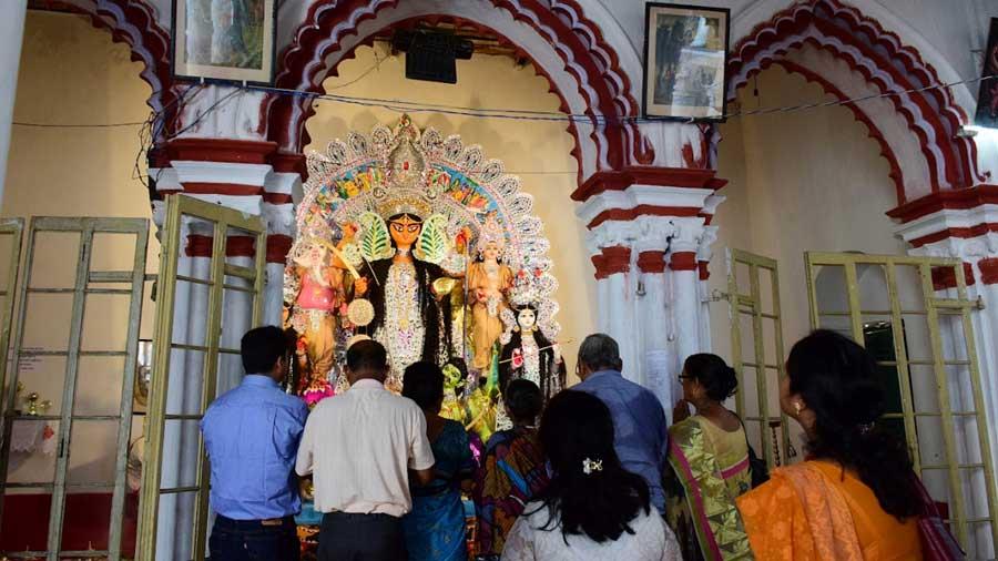 Inside Family Pujas: The Deb Biswas' of Dasghara, Hooghly